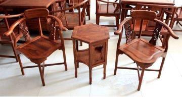 在枣庄维修红木家具的电话号码是多少