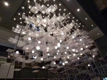 肇庆灯饰出售的不同灯具有不同的安装方法