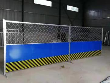 北京星坤夹芯板围挡厂家的围挡产品价格合理实惠