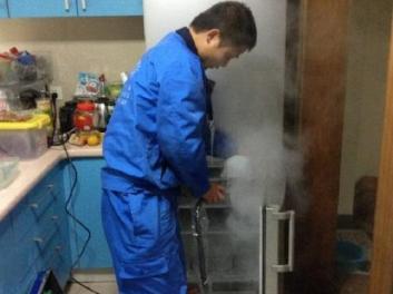 广元空调维修 怎么加氟、加空调雪种制冷剂
