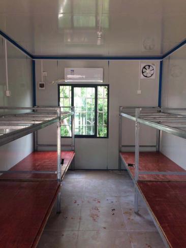 叉装式和滑移式移动装箱