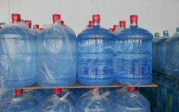 西乡塘区桶装水配送 瓶装水和桶装的有什么区别