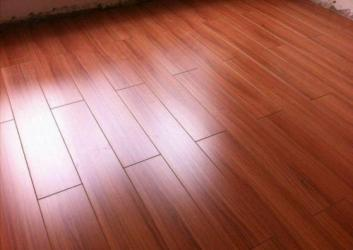 地板瓷砖发黄怎么办