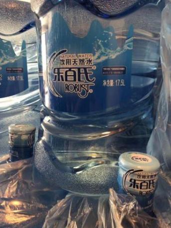 扬州前源桶装水批发为您提供一站式服务