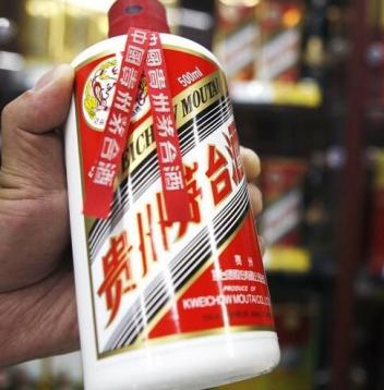 贵阳高价烟酒回收五星茅台酒回收