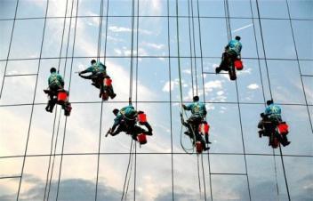 珠海高空玻璃清洗行业发展