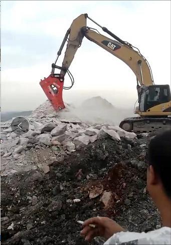 珠海挖掘机租赁24小时服务
