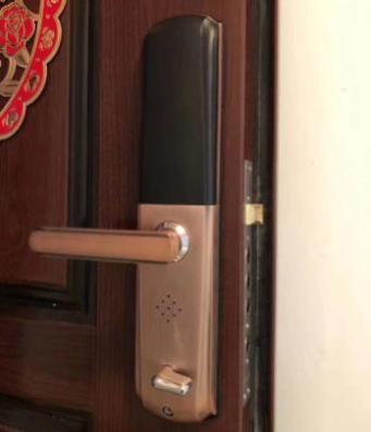 一字锁开锁怎么做