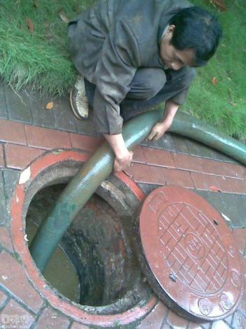 排水管道容易堵塞的原因