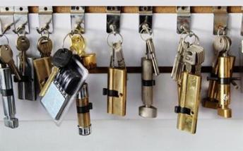 怀化市开锁换锁安装流程