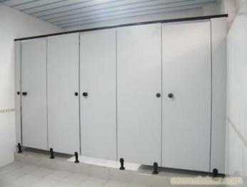 卫生间隔断怎么装