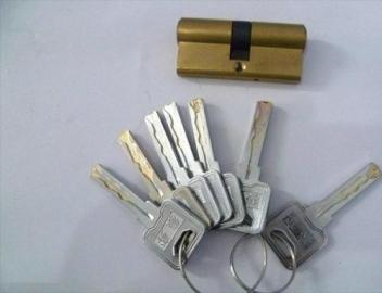 新的开锁方法