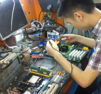 泸州上门维修电脑 不开机黑屏专业维修