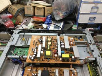 硬件安装不当引起找启东电脑维修