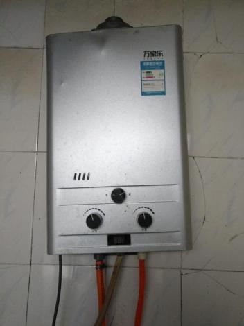 柳州万家乐热水器售后服务电话随叫随到