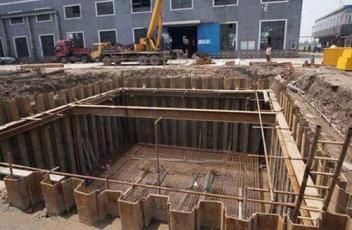 厦门钢板桩在基础施工中的应用