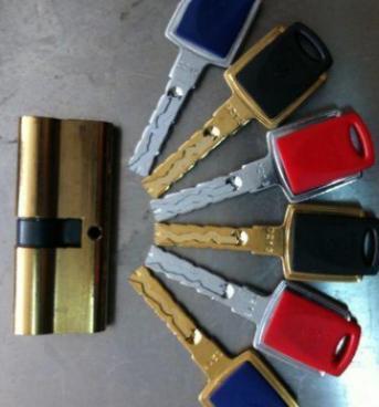 揭阳开锁配钥匙请认准黄氏开锁