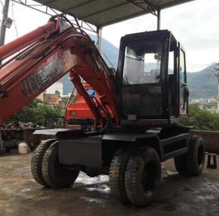 提高小型挖掘机工作效率的方法