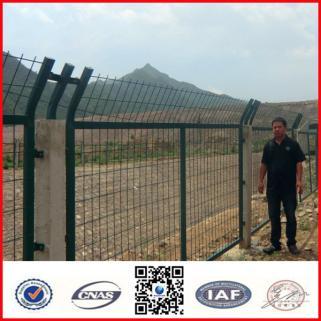 框架公路铁路专用隔离栏 安全防护护栏网