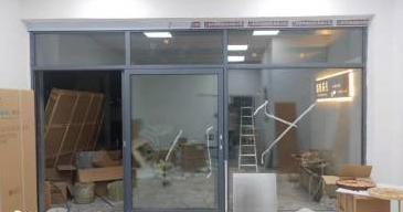 安装断桥铝门窗和铝合金门窗哪个性价比更高