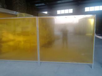 焊接防护屏,焊接防护板,焊接防护帘,焊接防护隔断,电焊光防护屏