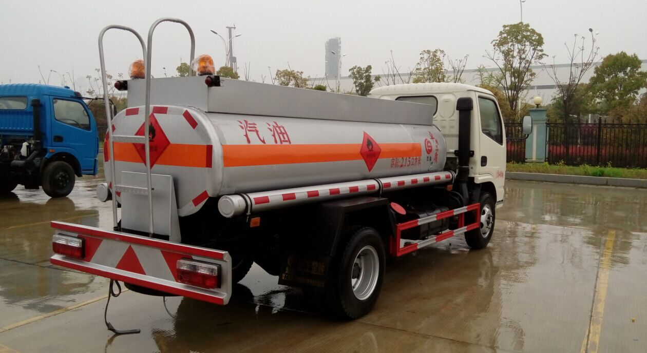 油罐车,油罐车价格,油罐车厂家,厦工楚胜专用汽车制造