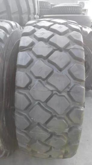 高品质港口特大吊车轮胎29.5-25轮胎厂家批发