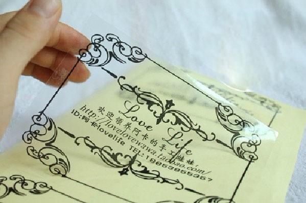 容易操作的小型数码印刷机可以印刷画册不干胶图片3