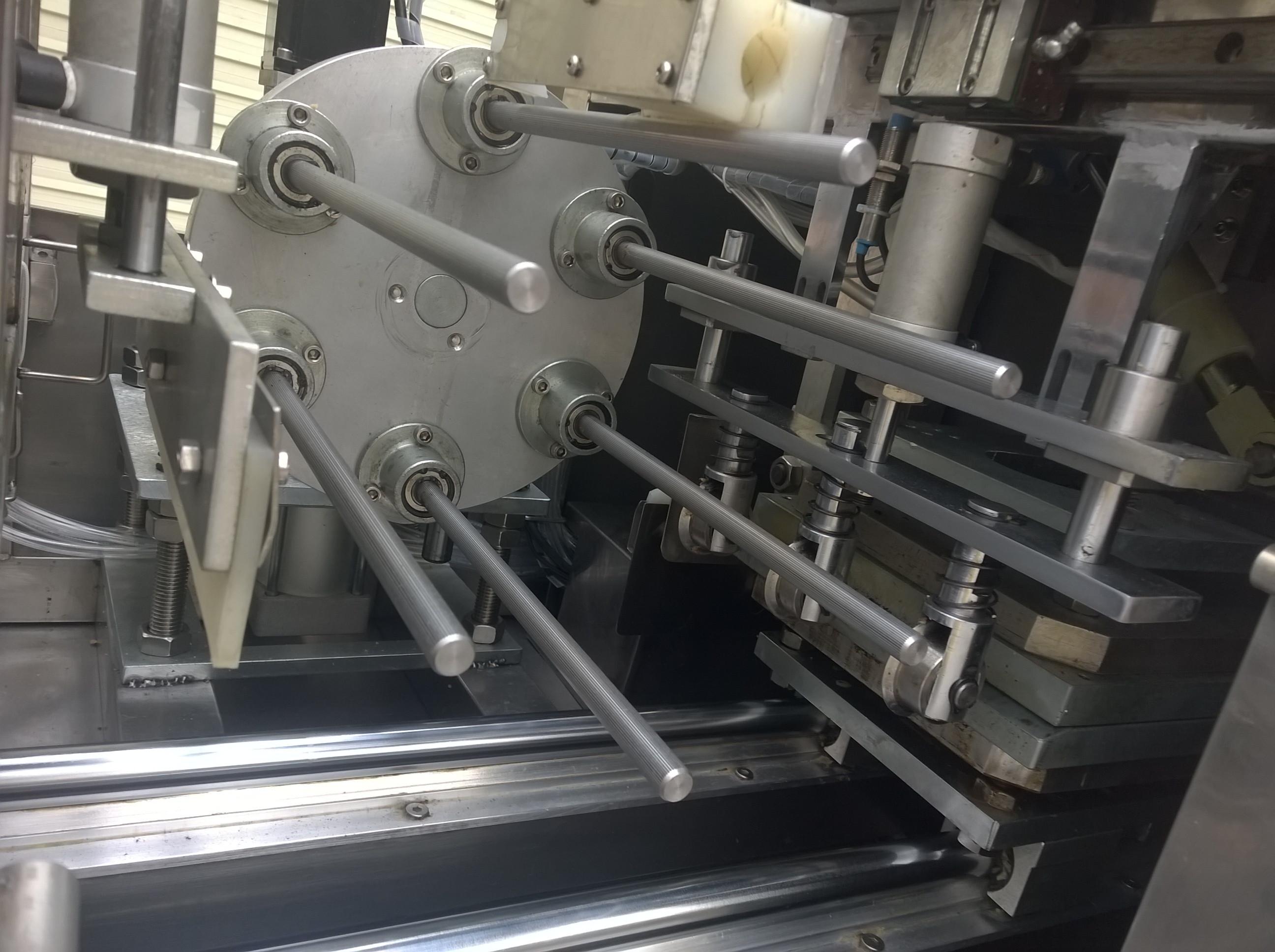 全自动蛋卷机_蛋卷嘎嘣脆_普鲁森机械厂供应厂家     图片3