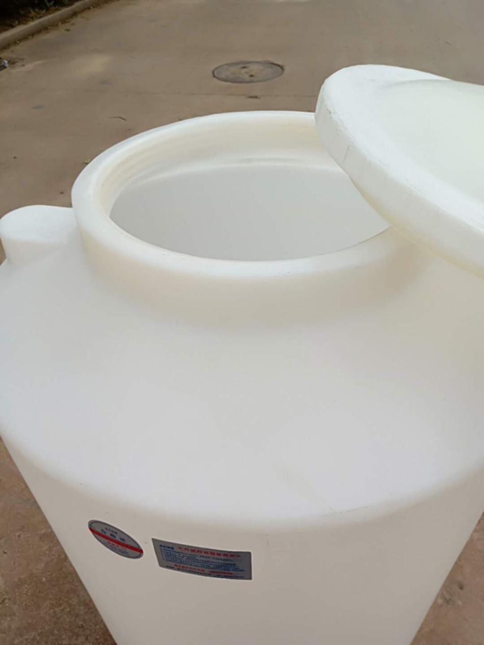 塑料水塔pe牛筋储水罐大型工程水箱储油污水化工1.5立方蓄水桶图片3