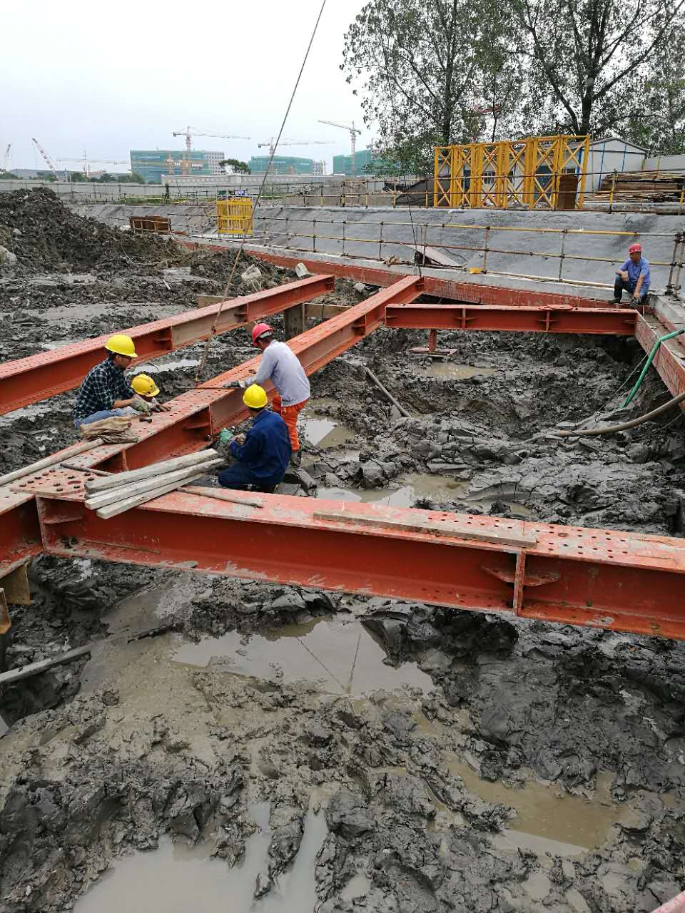 公司集拉森钢板桩出租,钢板桩打拔施工,钢管锁扣桩,钢支撑租赁安装,液