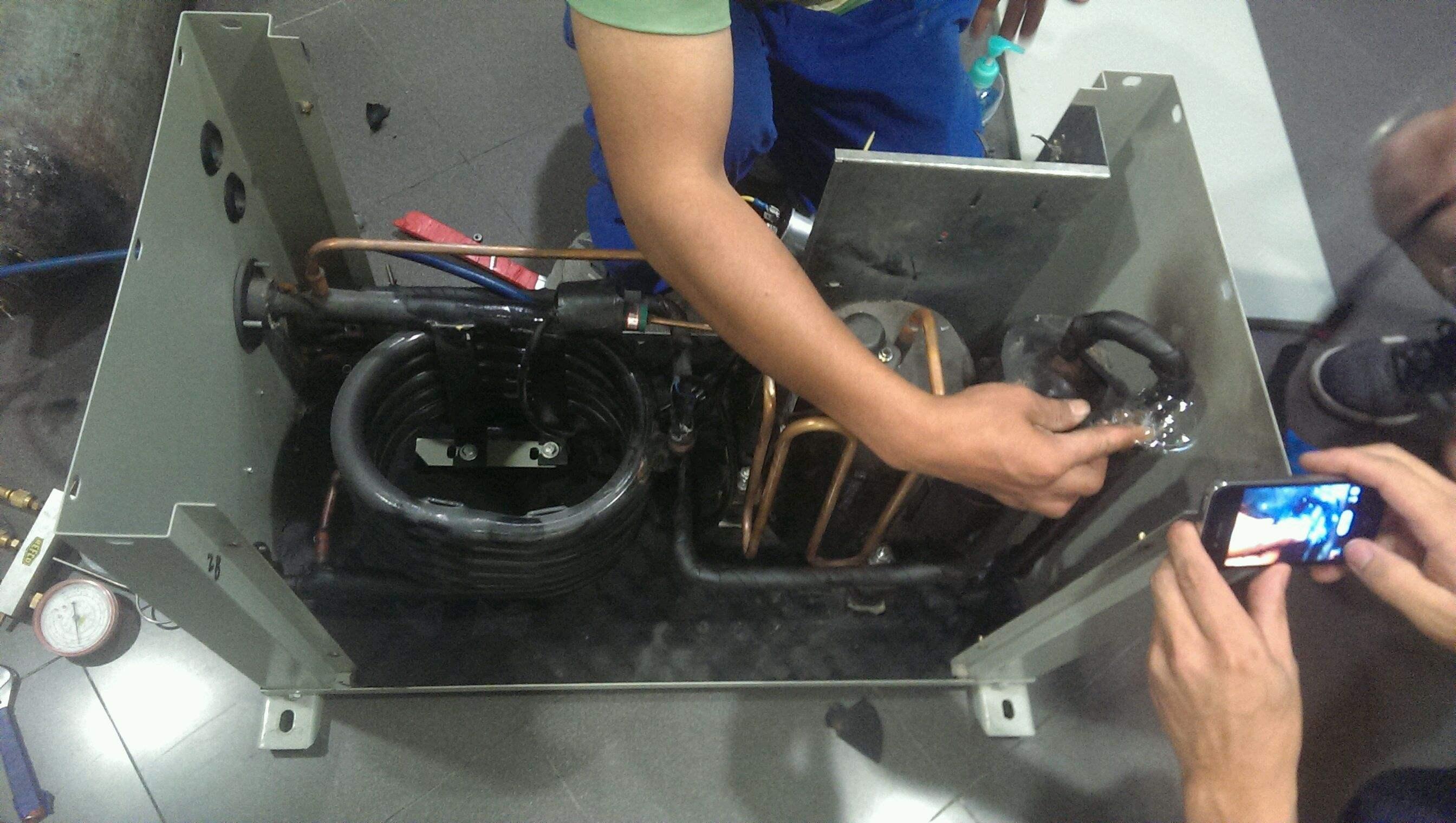 移机,空调清洗,空调加雪种,制冷设备安装维修,大小冷库建设安装,格力