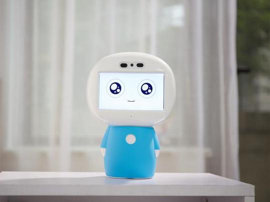 具备深层学习技能的智小乐机器人新品正式推出