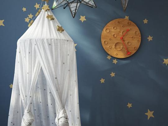 让月球飞进卧室   环月时钟充满童趣童真