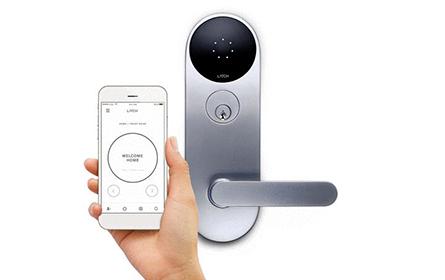 有了这款带摄像头的智能门锁,你再也不用为家里的安全担心