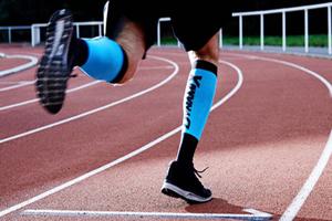 D.TER三合一科技袜能保护您运动不受伤