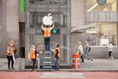纽约地铁口变苹果店