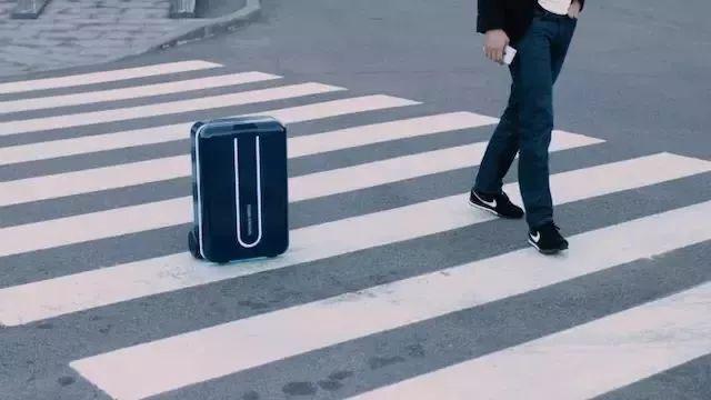 ravelmate自动跟随智能行李箱