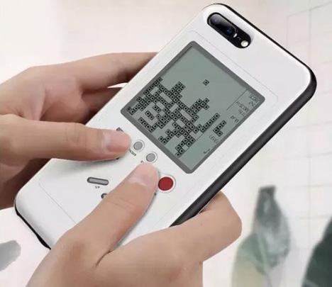 这是一款自带游戏功能的手机壳!