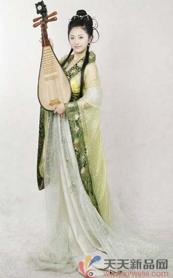 古代裙子铅笔画