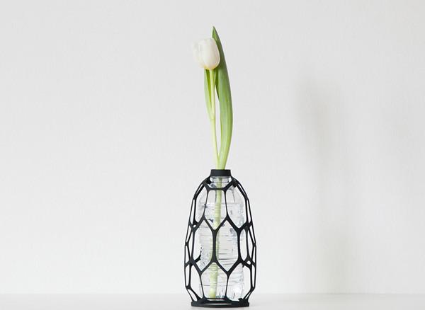 专属于你的花瓶外套,让废弃物矿泉水瓶迎来第二春图片